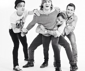 McFly, tom fletcher, and dougie poynter image
