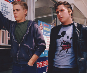 the outsiders, 80s, and Ponyboy Curtis image