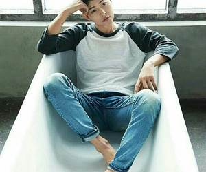 song joong ki, descendants of the sun, and actor image