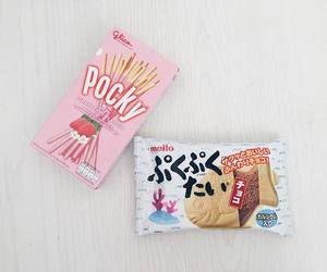snacks, japanese candy, and strawberry pocky image