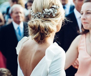 bride and wedding hair image