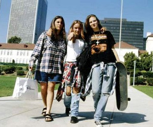 grunge and 90s image