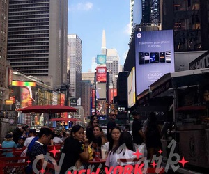 manhattan, times square, and fall 2016 image