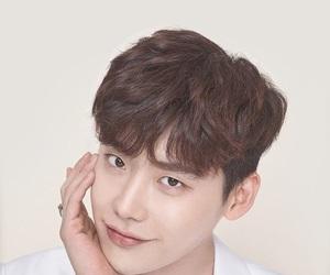 lee jong suk, wallpaper, and lockscreen image