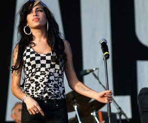 Amy Winehouse, leopard, and ska image