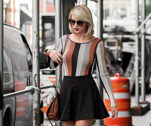 Taylor Swift, candid, and style image