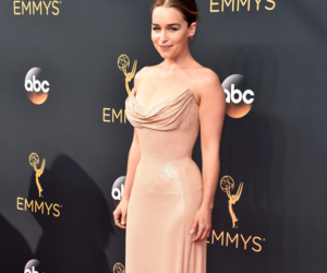 emilia clarke, emmy, and got image