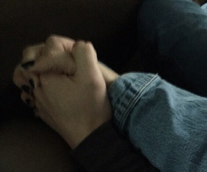 couple, pale, and hand image