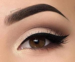 eye shadow, eyebrow, and eyeliner image