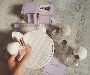 fragrance, ariana grande, and fashion image