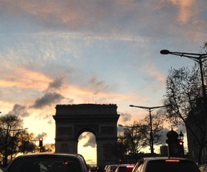 arc de triomphe, beautiful, and cars image