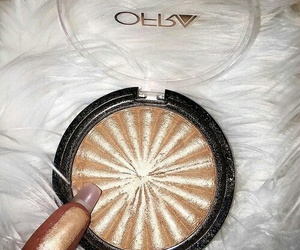 gold, luxury, and makeup image