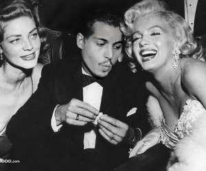 Marilyn Monroe, black and white, and Humphrey Bogart image