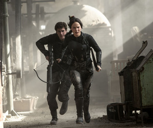 mockingjay, katniss, and gale image