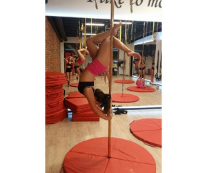 pole dance, pole dancing, and workout image