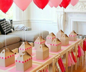 balloon and party image