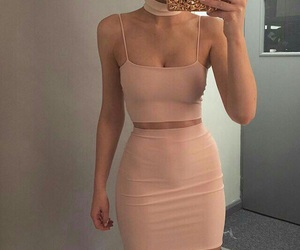 body, outfit, and bodygoals image