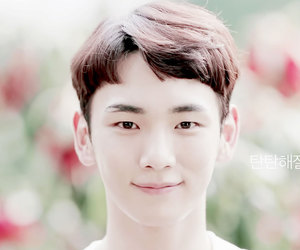 key, kpop, and SHINee image