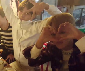 v, low quality, and vmin image