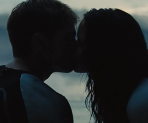 kiss, katniss, and peeta image