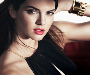 accessories, kendall jenner, and estee lauder image