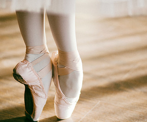 ballet and feet image