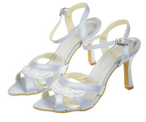 pretty shoes, party shoes, and handmade shoes image