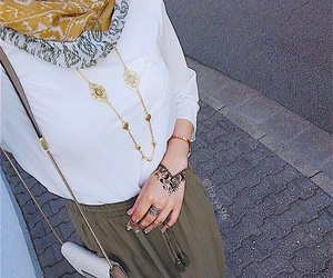 ootd, hijabi style, and hijabi outfit image
