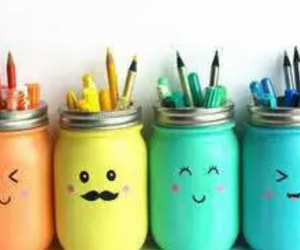 colours back to school image