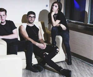 alternative, against the current, and band image