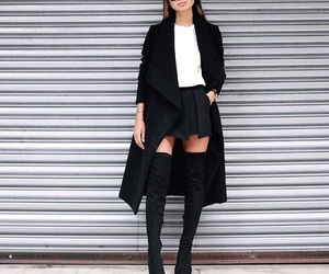 black and fashion image