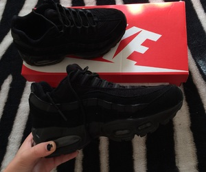 baskets, allblack, and airmax95 image