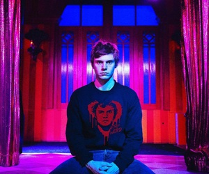 aesthetic, alternative, and evan peters image