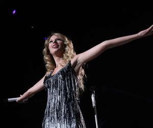 Taylor Swift, fearless, and taylor image