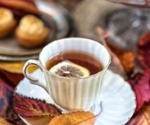 tea, autumn, and lemon image