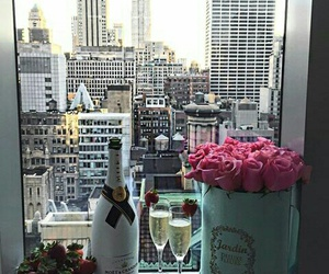 champagne and new york image