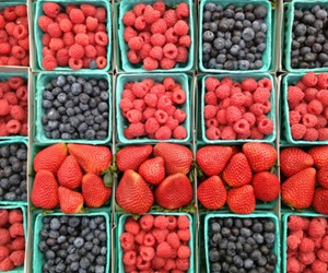 fruit, blueberry, and strawberry image