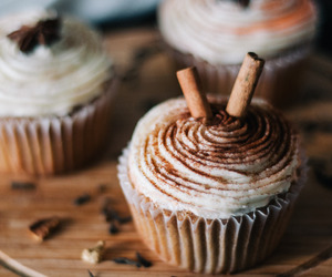 autumn, food, and cupcake image
