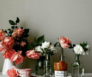 flowers, retro, and shabby image