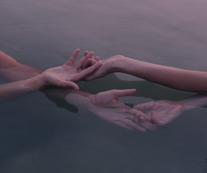 hands and water image