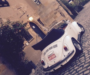 car, castle, and käfer image
