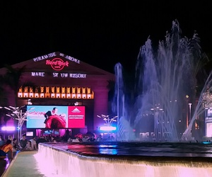 hard rock cafe, fountain, and tint image