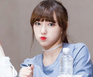 wjsn, chengxiao, and seungso image