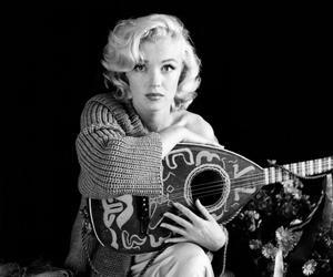 Marilyn Monroe and marilyn image