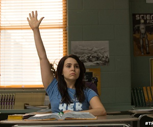 mae whitman and the duff image