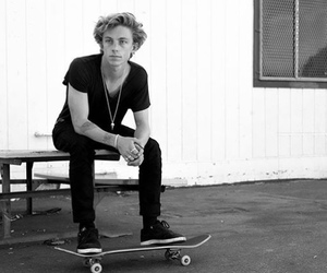 boy, sexy, and skate image