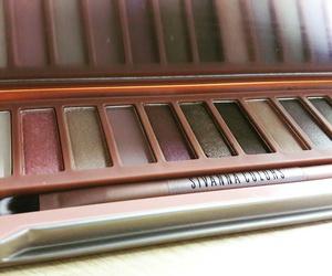 makeup and eyeshadow @sivanna image