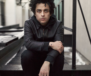 billie joe armstrong, green day, and punk image