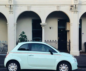 car and fiat 500 image