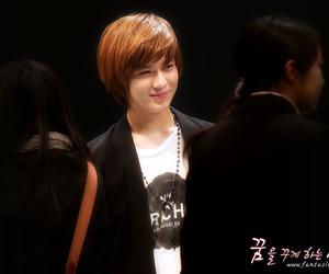 bom, korea, and Taemin image